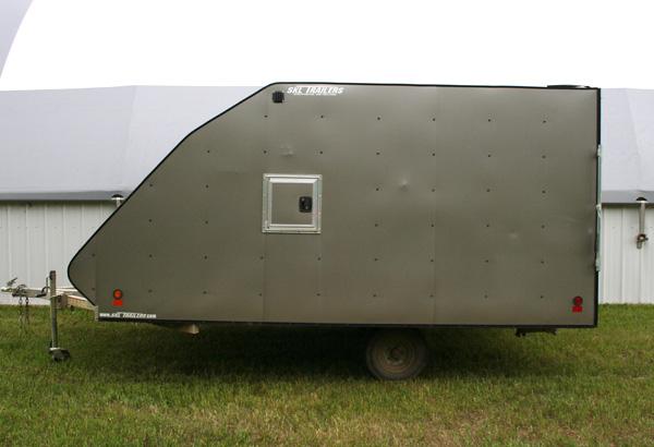 single-axle-aluminum-skidoo-trailer-1