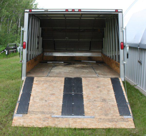 single-axle-aluminum-skidoo-trailer-2